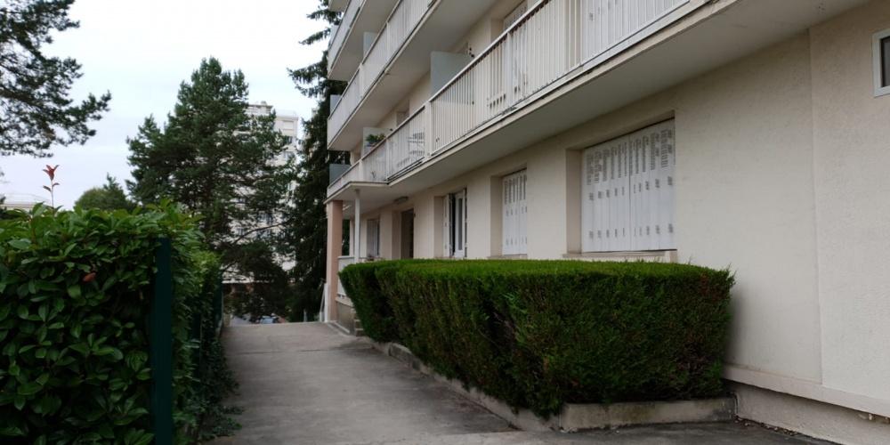 GAGNY (93220), 1 Chambre Chambres, ,1 Salle de bainsSalle de bain,Appartement,A Vendre,Les Grands Coteaux,1116